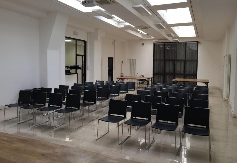 Dimensioni Sala Conferenze 100 Posti.Le Sale Spazio Alla Cultura